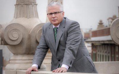 Garzón investigará la represión franquista y abrirá la fosa de Lorca